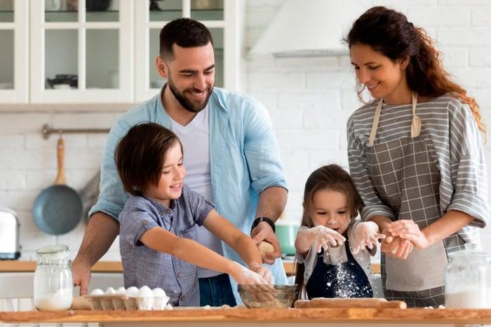 Blog-muebles-fiesta-Ayuda-a-tus-hijos-a-aprender-desde-casa-dos