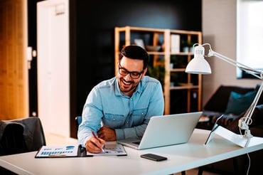 Consejos para trabajar en casa con estilo